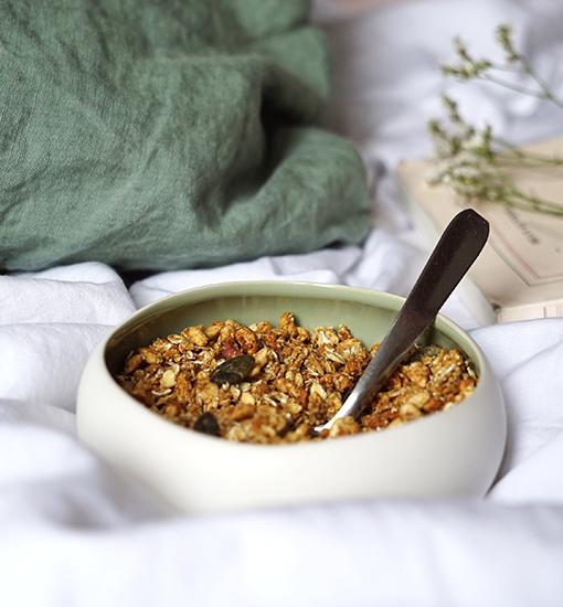 La nostra granola renderà croccanti le vostre colazioni, spuntini e dessert!