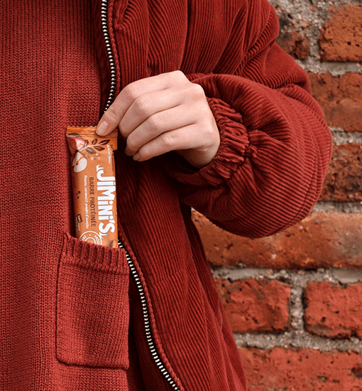 Re-discover protein bars with the taste of our apple & caramel bar!
