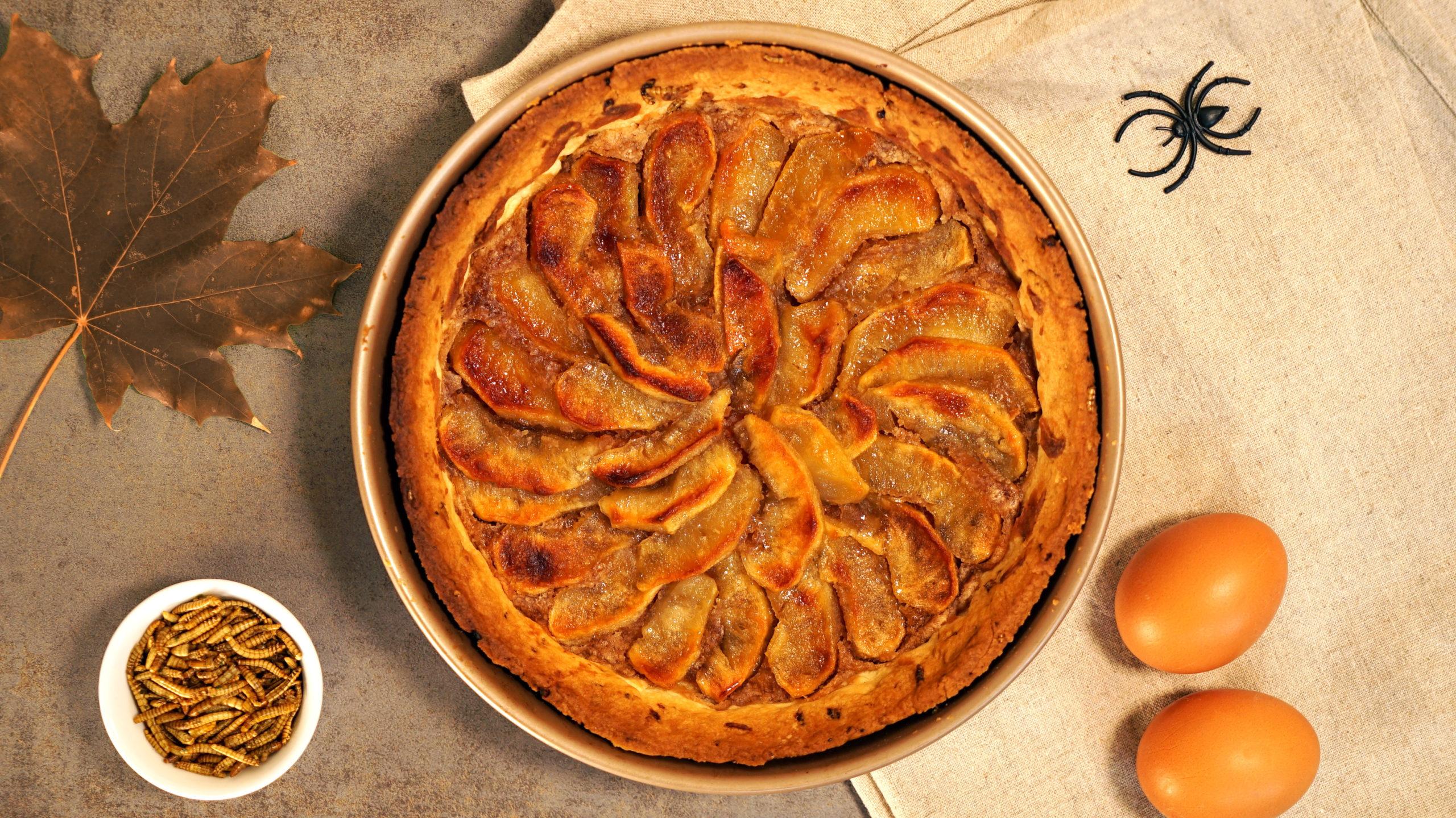 image de La tarte aux pommes, crème de marron et molitors caramel beurre salé